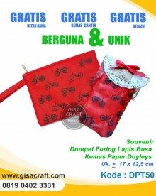 Souvenir Dompet Furing Lapis Busa Kemas Paper Doyleys DPT50