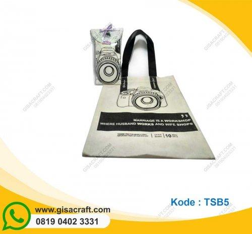 Souvenir Tas Blacu Medium Tali Furing Kemas paper Doyleys TSB5