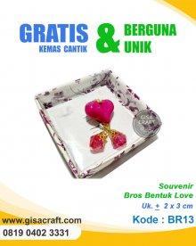 Souvenir Bros Bentuk Love BR13