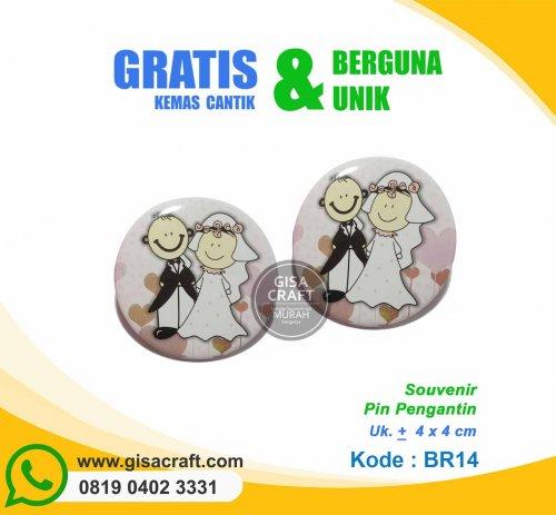 Souvenir Pin Pengantin BR14
