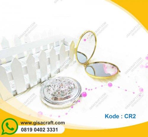 Souvenir Cermin CR2