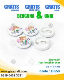 Souvenir Pin Peniti GK58