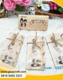Souvenir Papan Gantungan Kunci GSC116