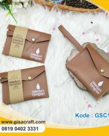 Souvenir Clutch Leather Asimetri Bahan Hosana Sablon GSC118
